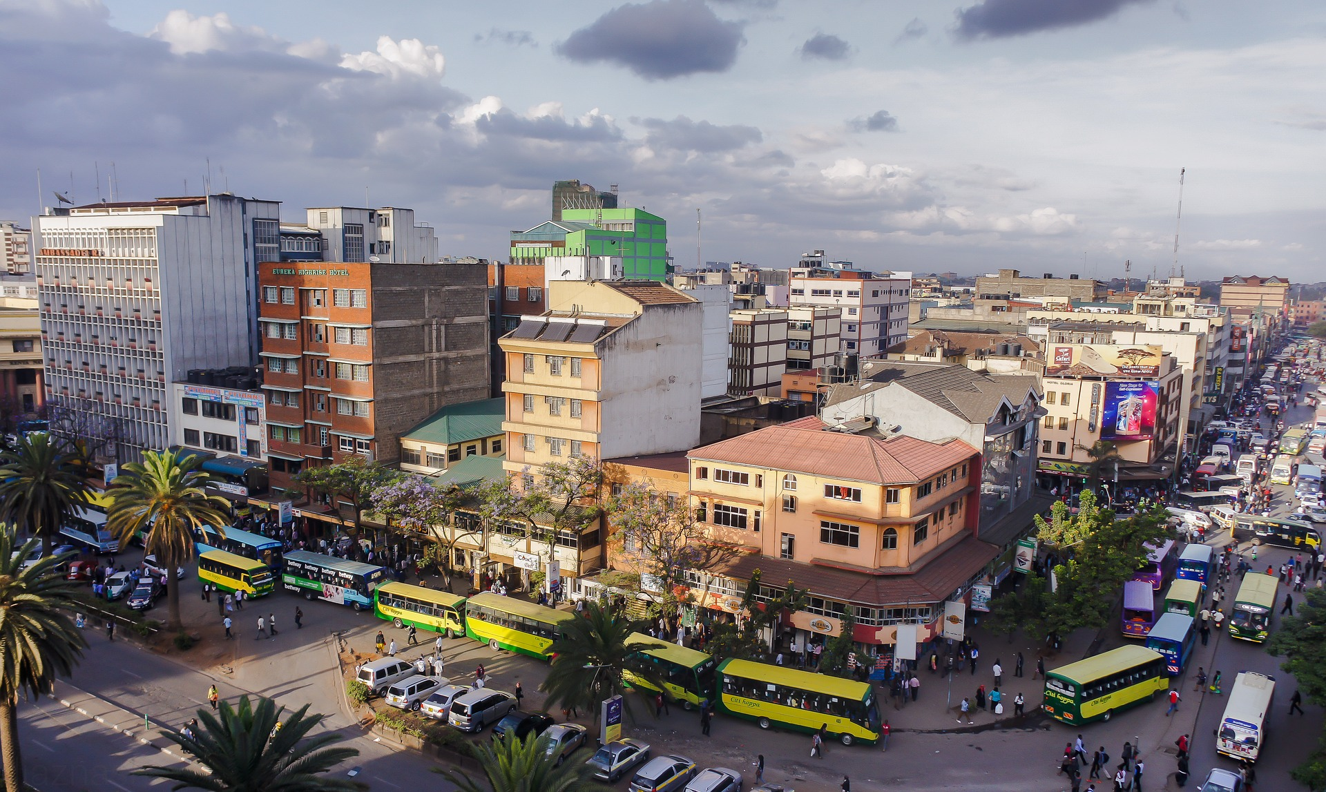Closeup of a street in Nairobi, Kenya; our Swahili translation experts are at your service